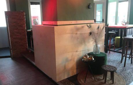 Interieur grand café Fifi