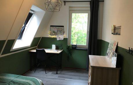 Interieur slaapkamer gezinshuis De Glind